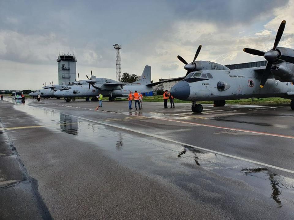 Три самолета Ан-32Б Республики Шри-Ланка прибыли для выполнения капитального ремонта в Киев