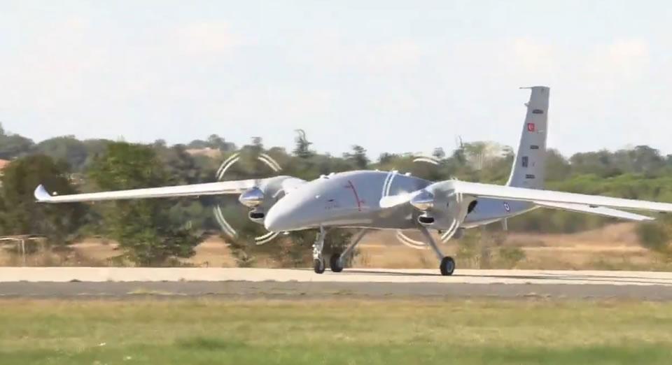 Второй прототип турецкого БПЛА Akinci выполнил испытательный полет