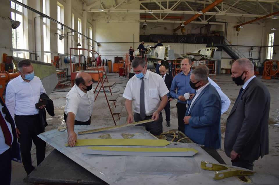 Львовский авиаремонтный завод пока не банкрот