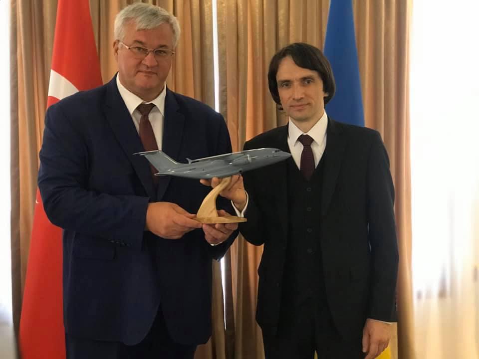 Украина предложила Турции совместное производство Ан-178