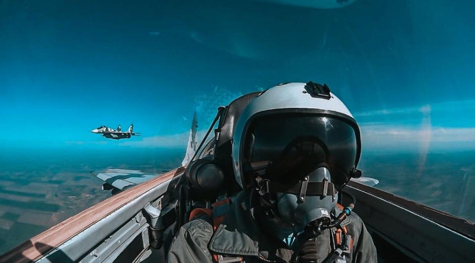 Завоевать воздушное превосходство