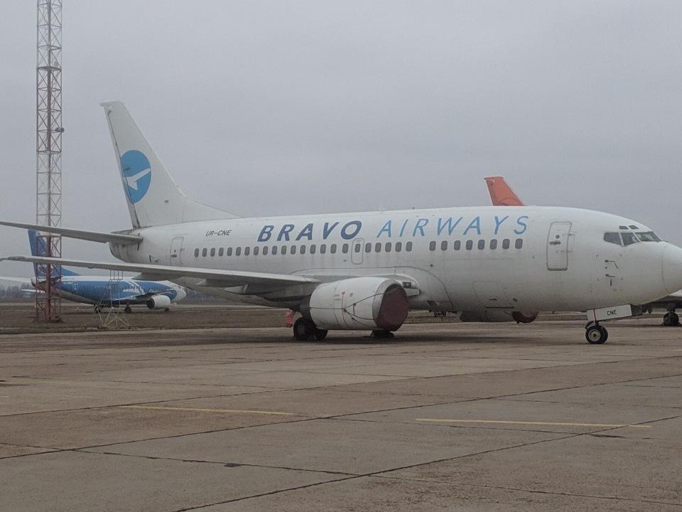 Boeing авиакомпании Bravo продают за миллион без документов