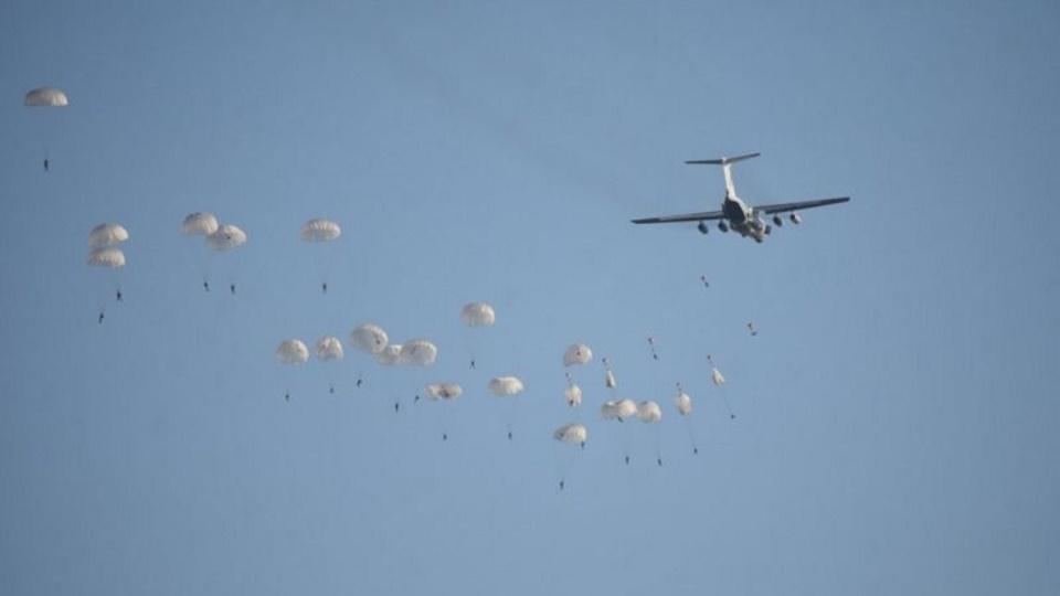 Британские военные совершили в Украине