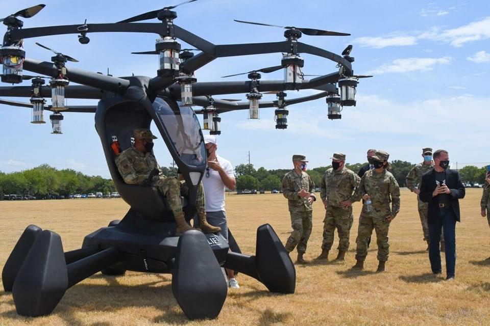 Для американских военных разработали пилотируемый мультикоптер