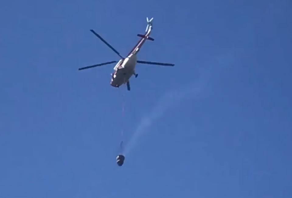 Авиация тушит пожар в Харьковской области