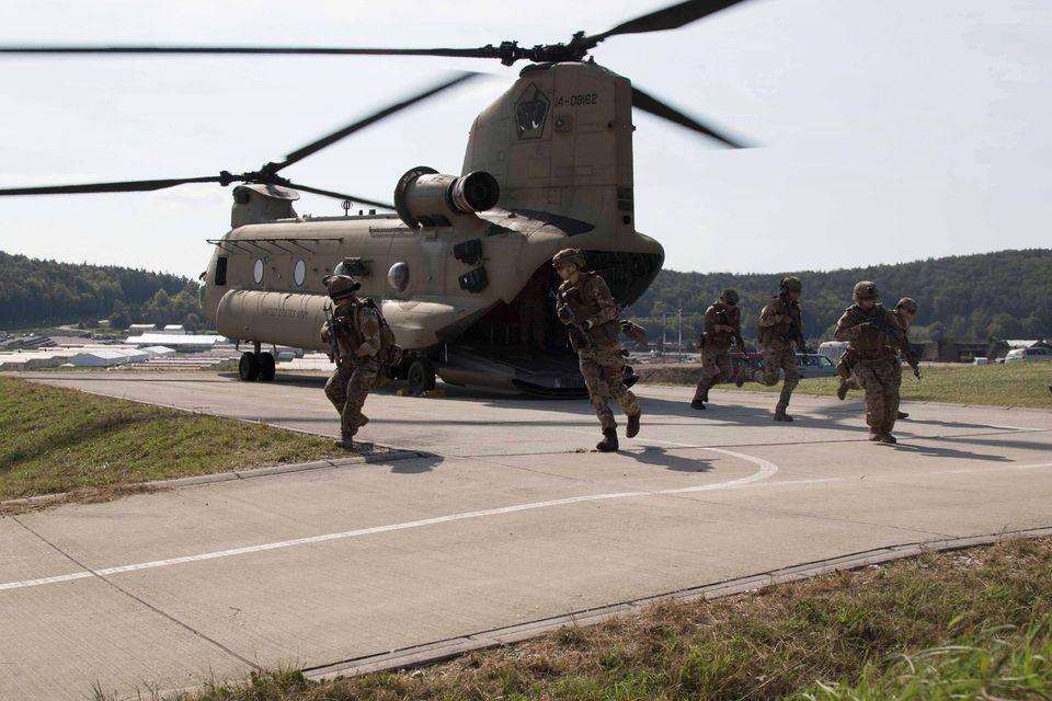Украинский спецназ тренировался с американской авиацией