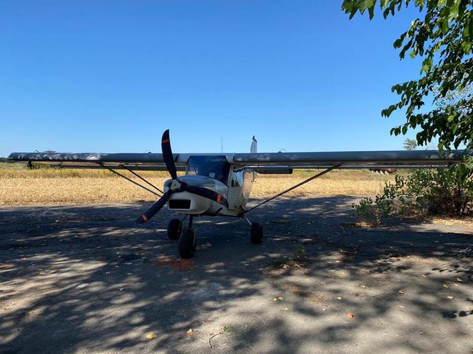 В Черкасской области задержан пилот-контрабандист, самолет изъят