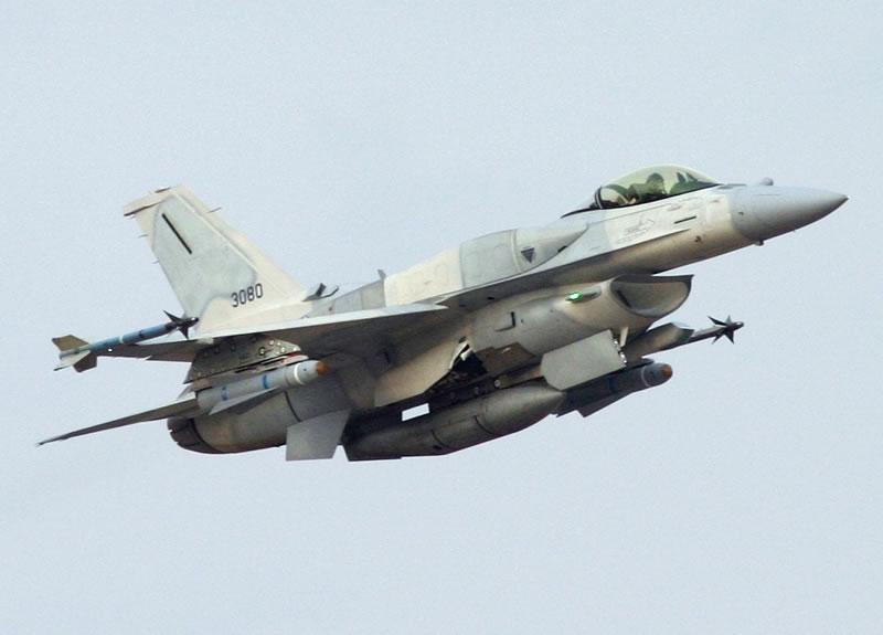 Дроздов: Перевооружение Воздушных Сил надо начать с эскадрильи F-16
