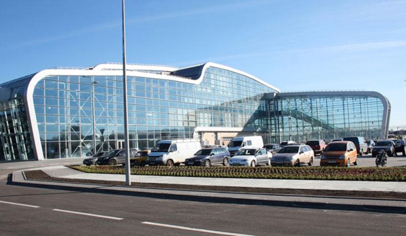 В аэропорту Львова сегодня вручную регистрировали пассажиров