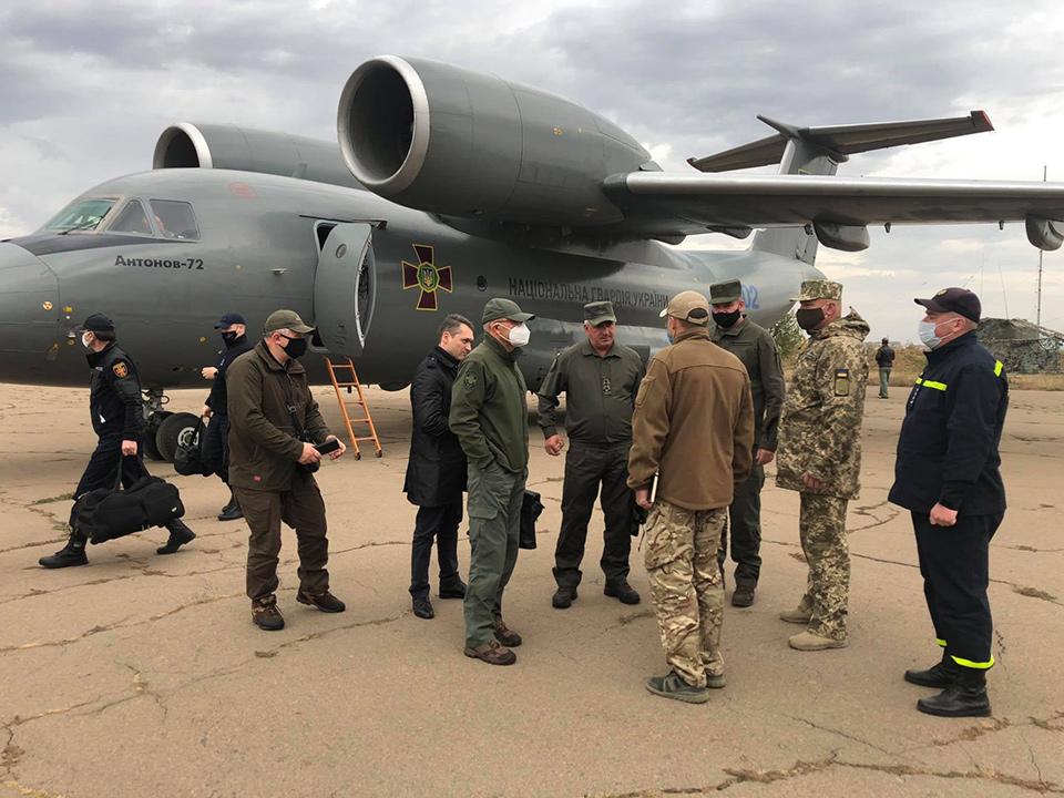 Правительственная группа вылетела на место пожаров в Луганской области