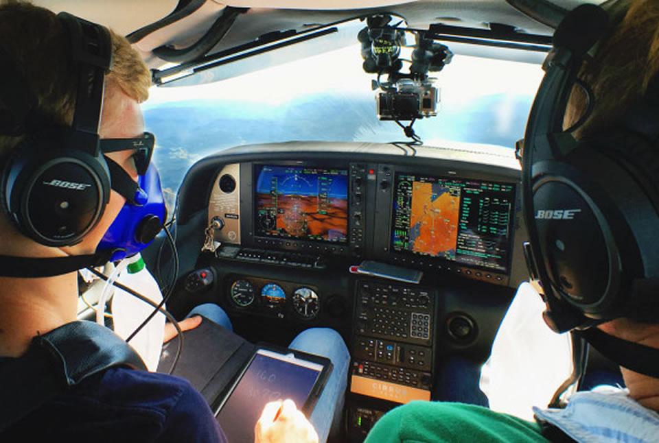 9 лучших авиационных приложений для курсантов лётных школ