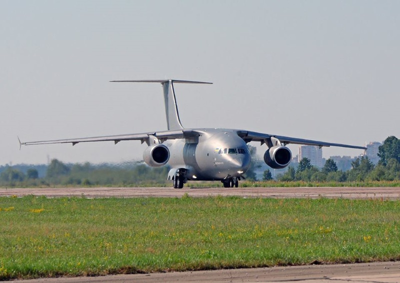 Заказ на три Ан-178 для ВСУ уже подготовлен