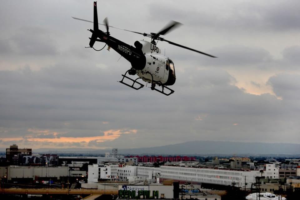 В США арестовали владельца дрона, столкнувшегося с полицейским вертолетом