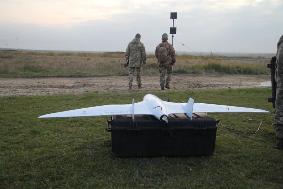 Специалисты Управления авиации и полиции на воде показали свое владение беспилотниками