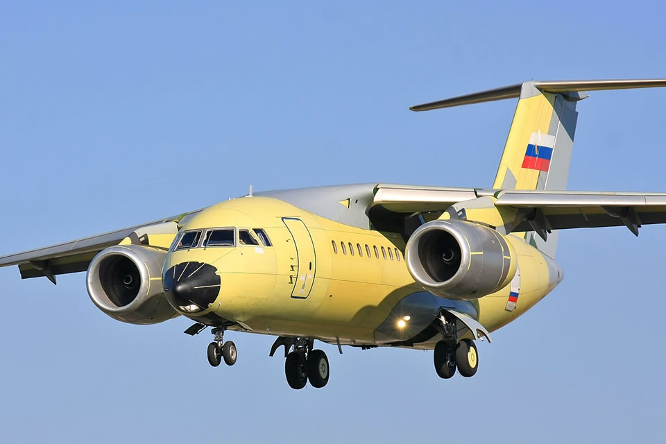Бывший производитель Ан-148 тонет в убытках