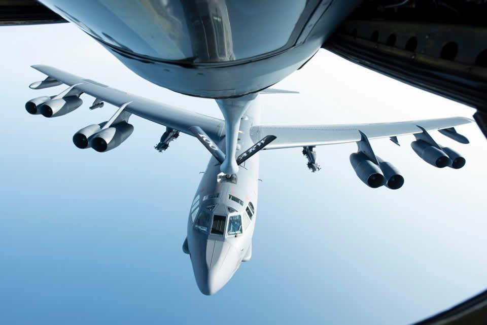 B-52 будут летать больше века