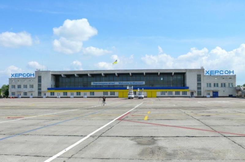 Аэропорт Херсон готов к работе в сложных зимних условиях