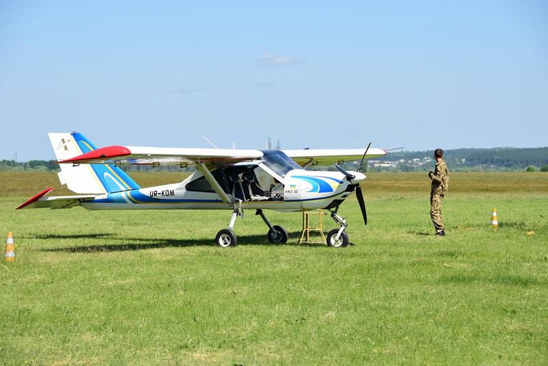 ХНУВС планирует создать эскадрилью легкомоторных самолетов