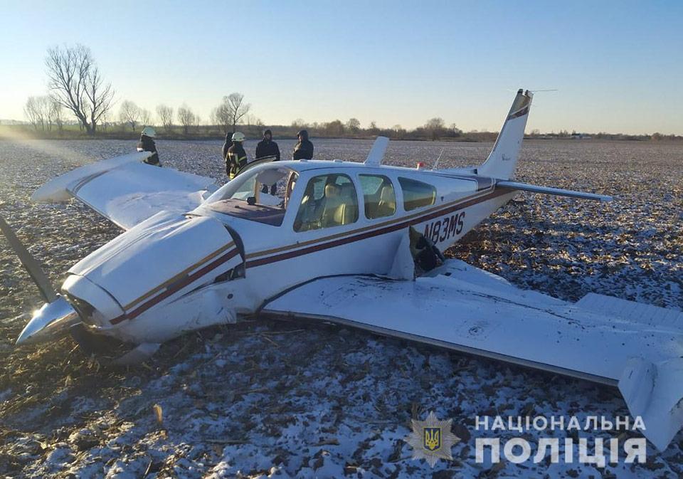 Вблизи Гоголева упал самолет
