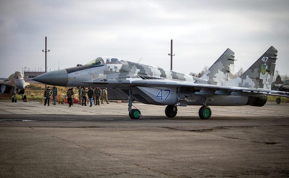 ЛГАРЗ передал военным отремонтированный МиГ-29