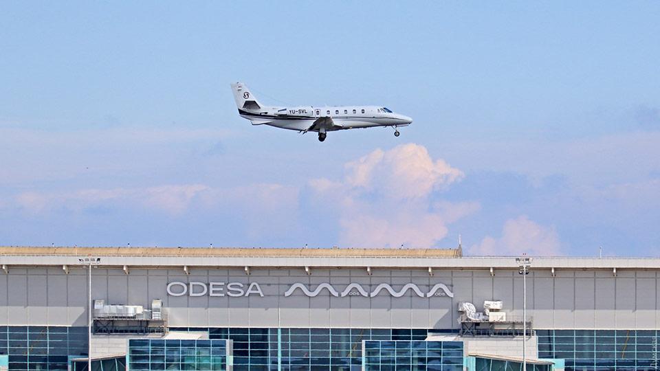 Частный самолет с больными вылетел из Одессы без санкции пограничников