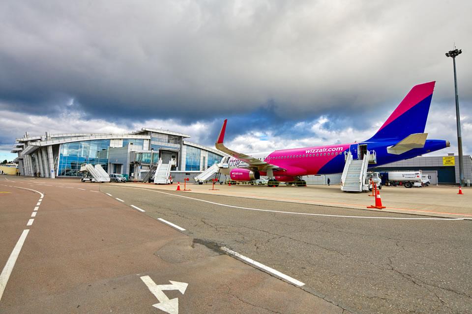 Wizz Air открывает новый прямой рейс из Киева в Неаполь