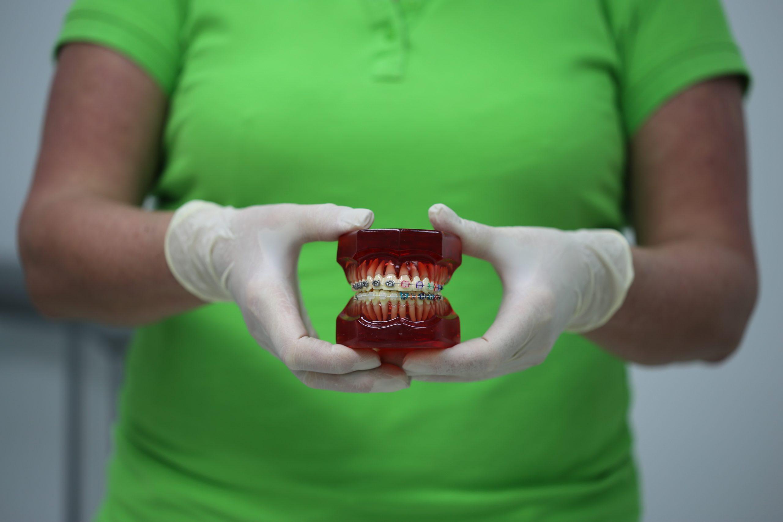 Основные виды эстетических процедур, которые вам предлагает стоматология Татьяны Коновой
