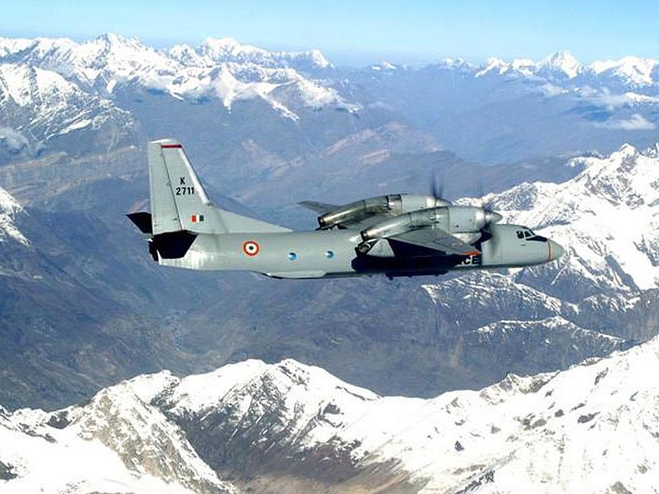 Индийские Ан-32 связали отрезанные районы Индии с