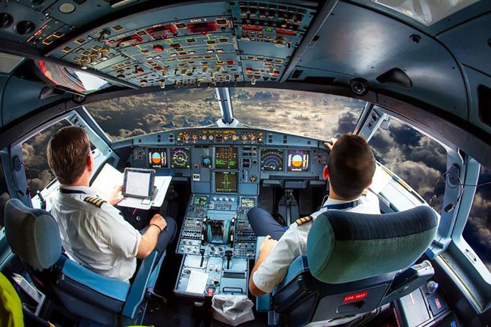 EASA готово к смягчению правил использования одного пилота в коммерческой авиации