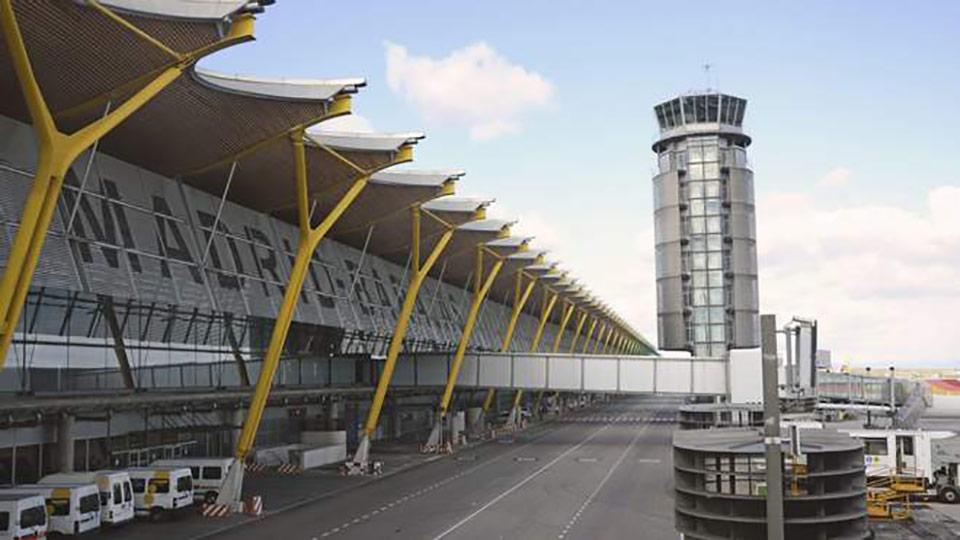 Украинцы застряли в аэропорту Мадрида