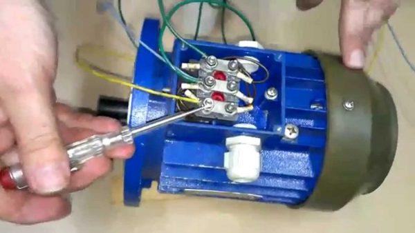 Как подключить трёхфазный электродвигатель к сети 220В