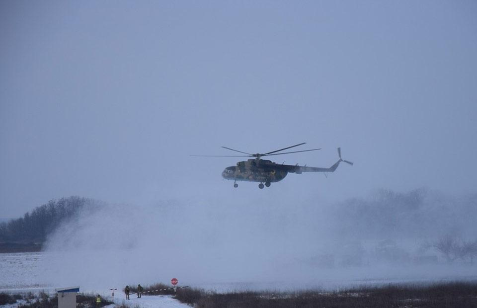 На Полтавщине вертолетчики летали днем и ночью в сложных метеоусловиях