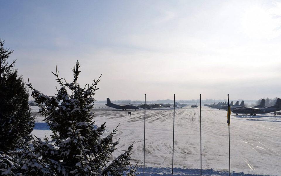 В Винницкой области плановые полеты выполняет транспортная авиация