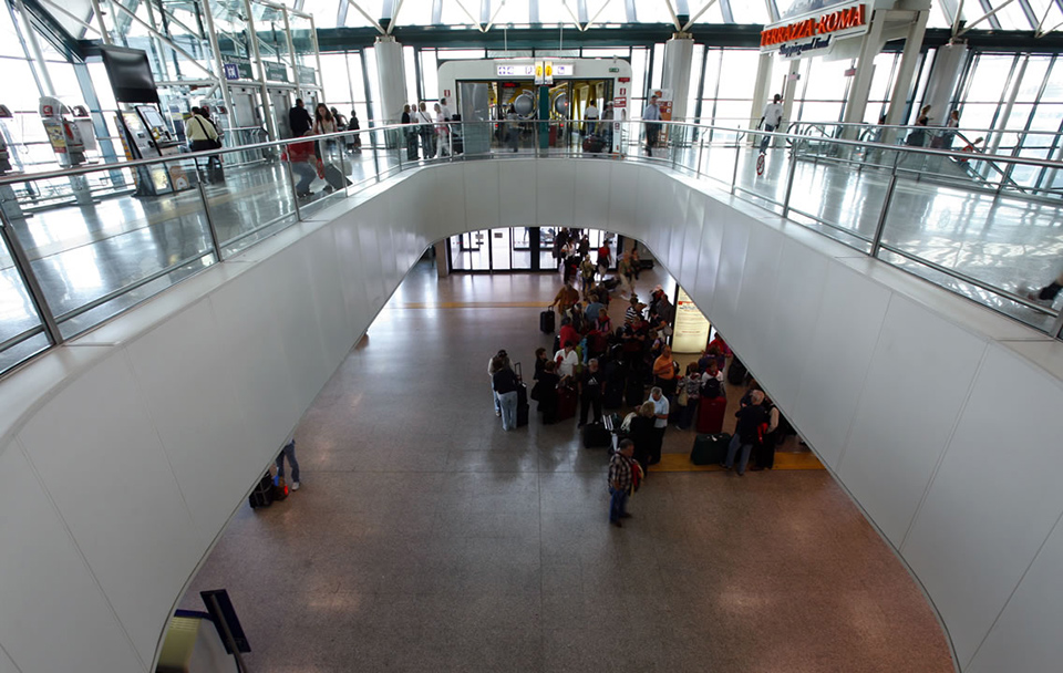 В аэропорту Рима открыли центр вакцинации