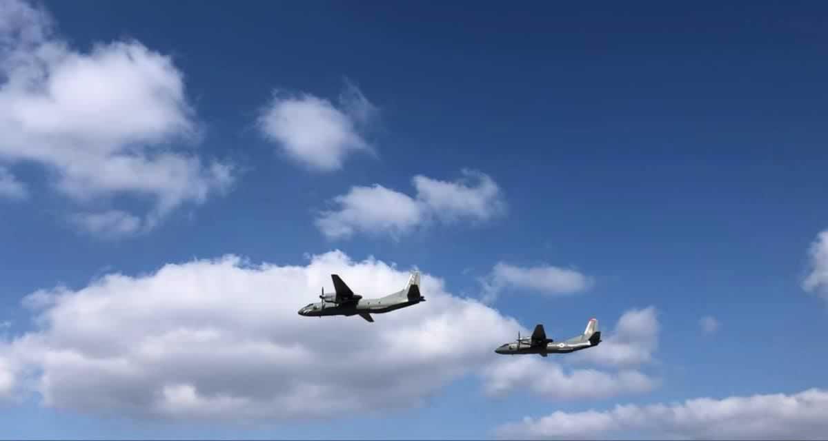 В Виннице летали Ан-26 и вертолеты