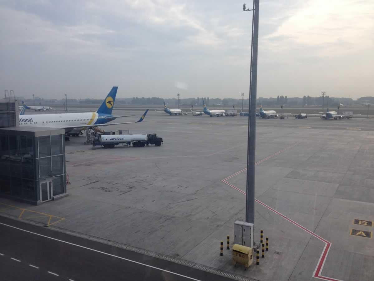 Пассажироперевозки украинских авиакомпаний за два месяца 2021 года упали на две трети