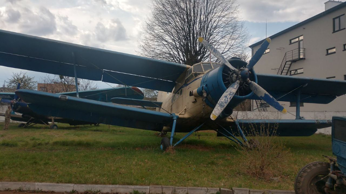На конфискованные самолеты Ан-2 вдвое снизили цену