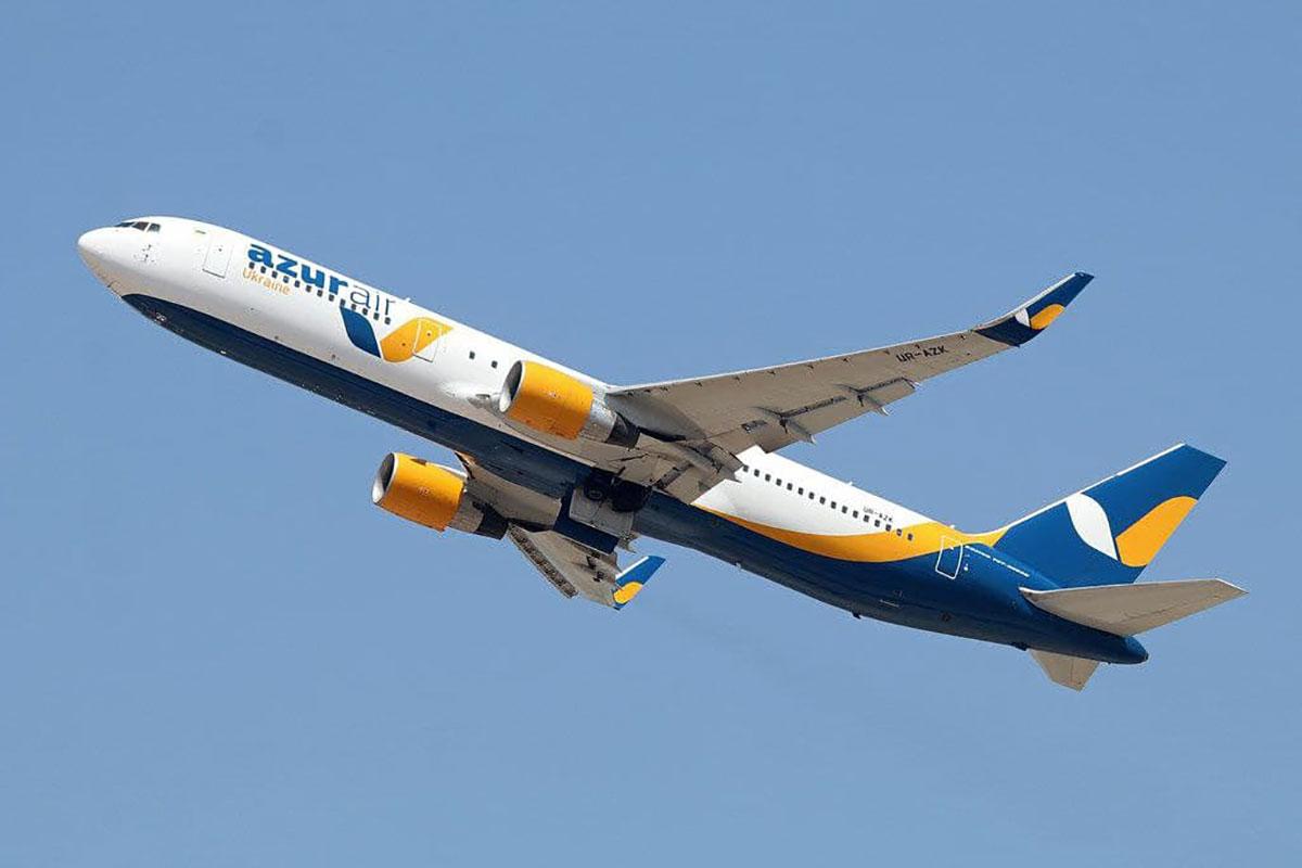 Самолет авиакомпании Azur Air вернулся в Доминикану из-за поломки