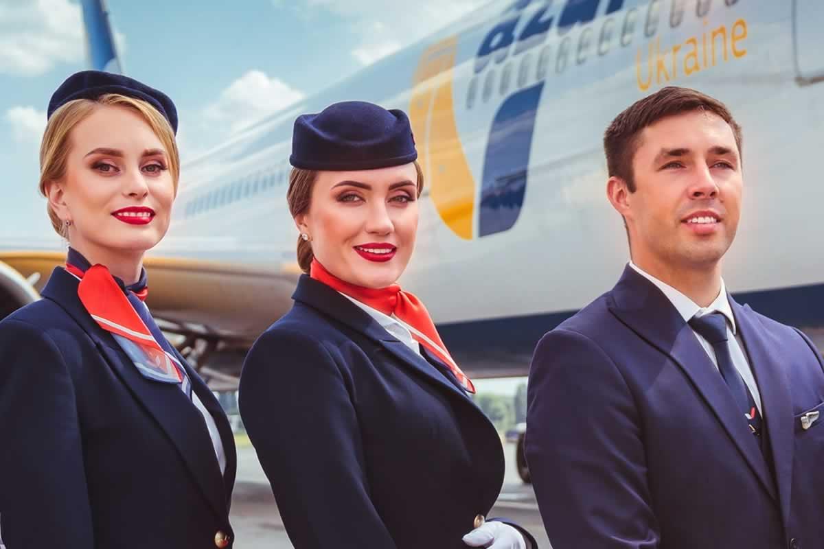 Azur Air Ukraine набирает бортпроводников