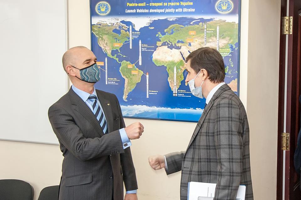 Украина и Австралия обсудили сотрудничество в космической сфере