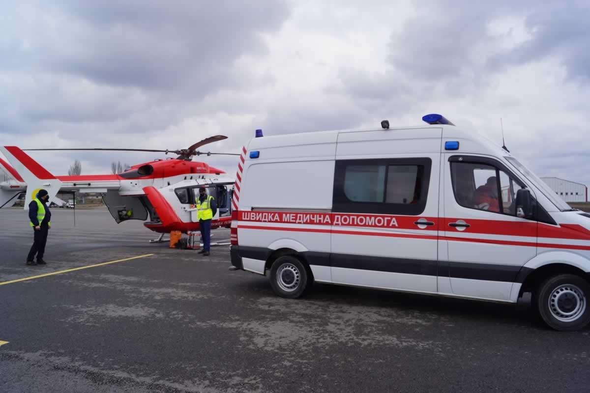 Вертолет ГСЧС транспортировал в столичный Институт Сердца пациента после трансплантации