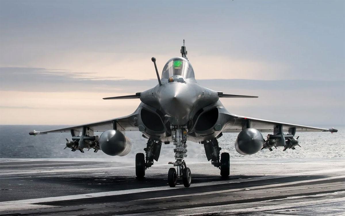 Франция продвигает в Украине Rafale