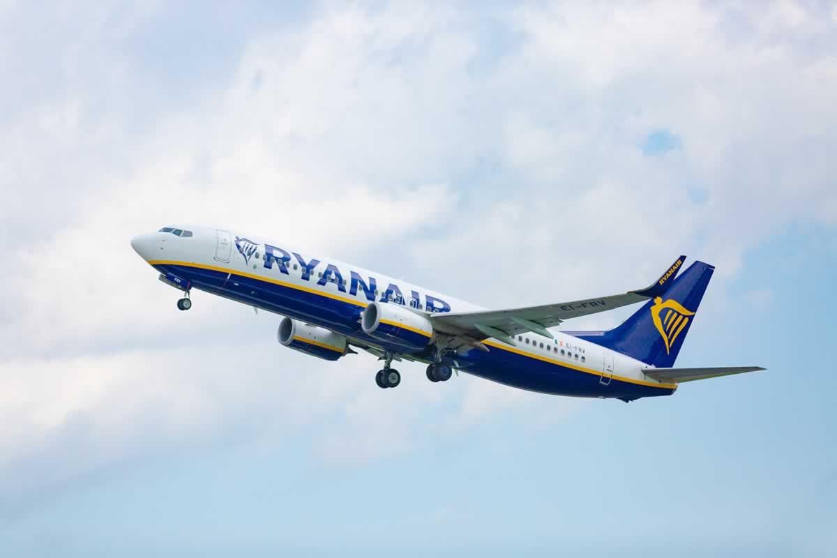 Ryanair откроет два новых направления в Украину
