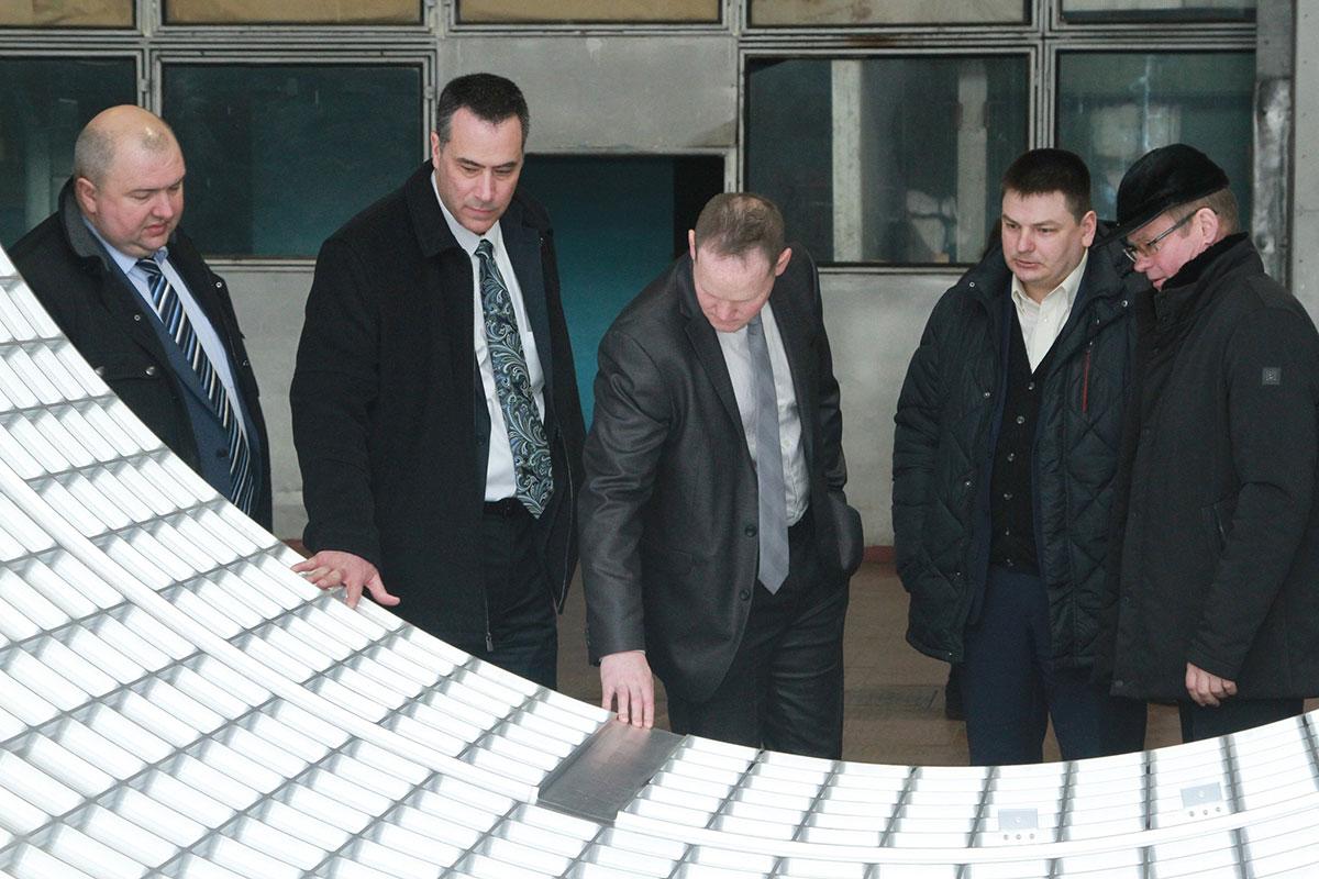 Южмаш посетила делегация Посольства США в Украине