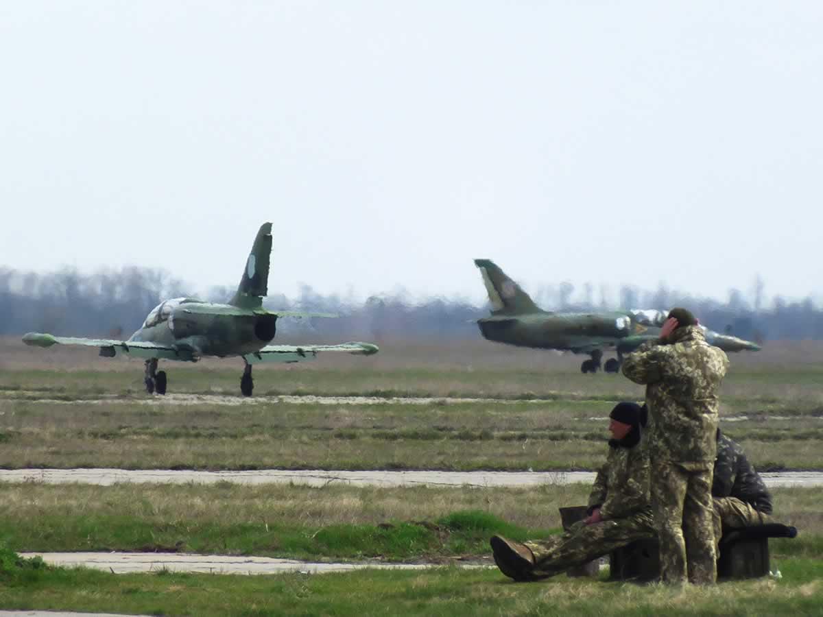 Курсанты приступили к полетам в 299 бригаде
