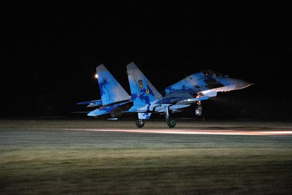 Миргородские авиаторы вели бои в облаках