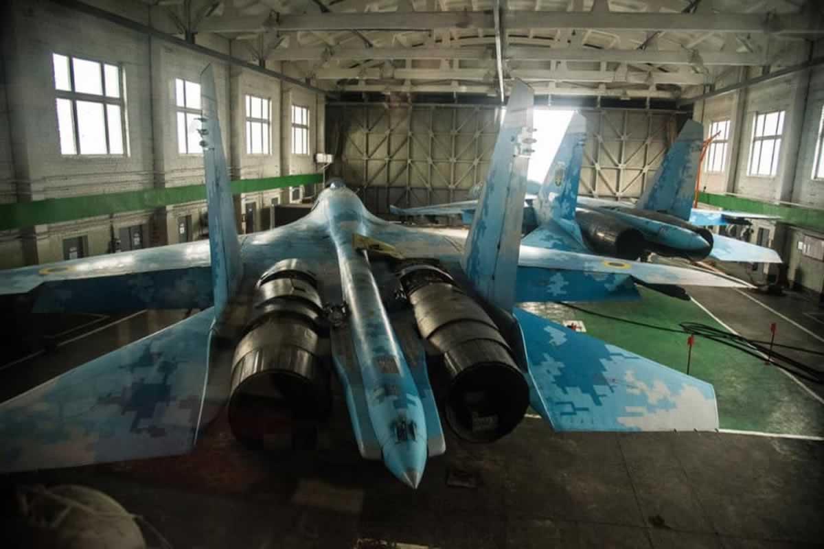 Миргородские авиаторы готовят вооружение и военную технику к весенне-летнему периоду