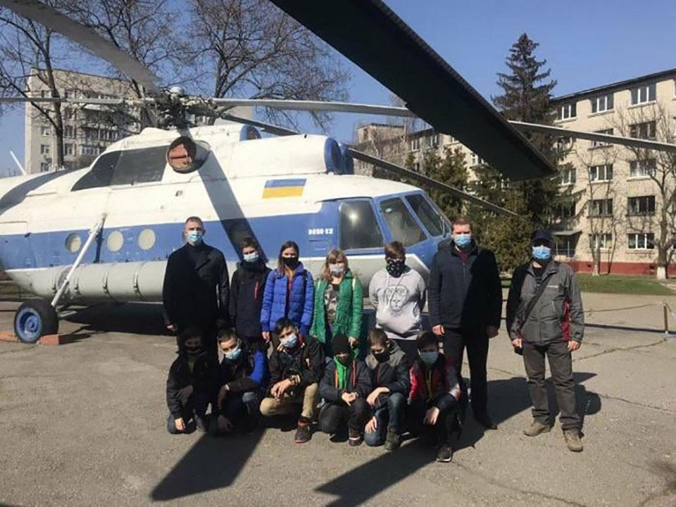 Школьников познакомили с Кременчугским летным колледжем