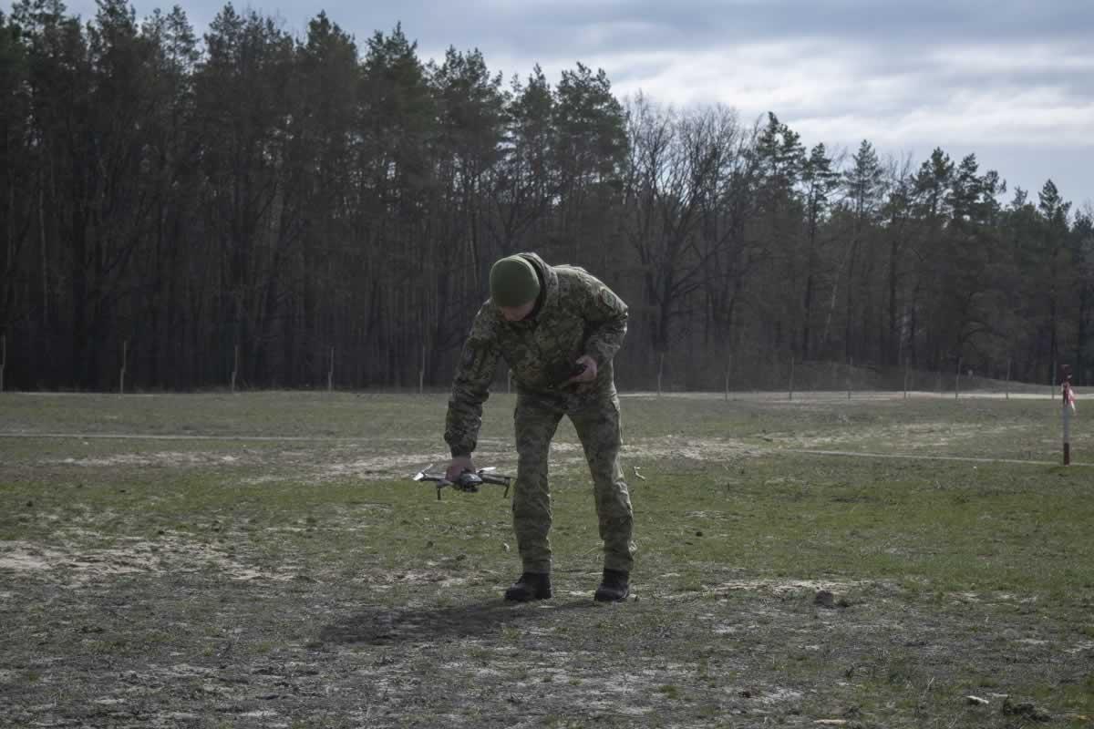Операторов квадрокоптеров ГПСУ подготовили в Главном Центре подготовки