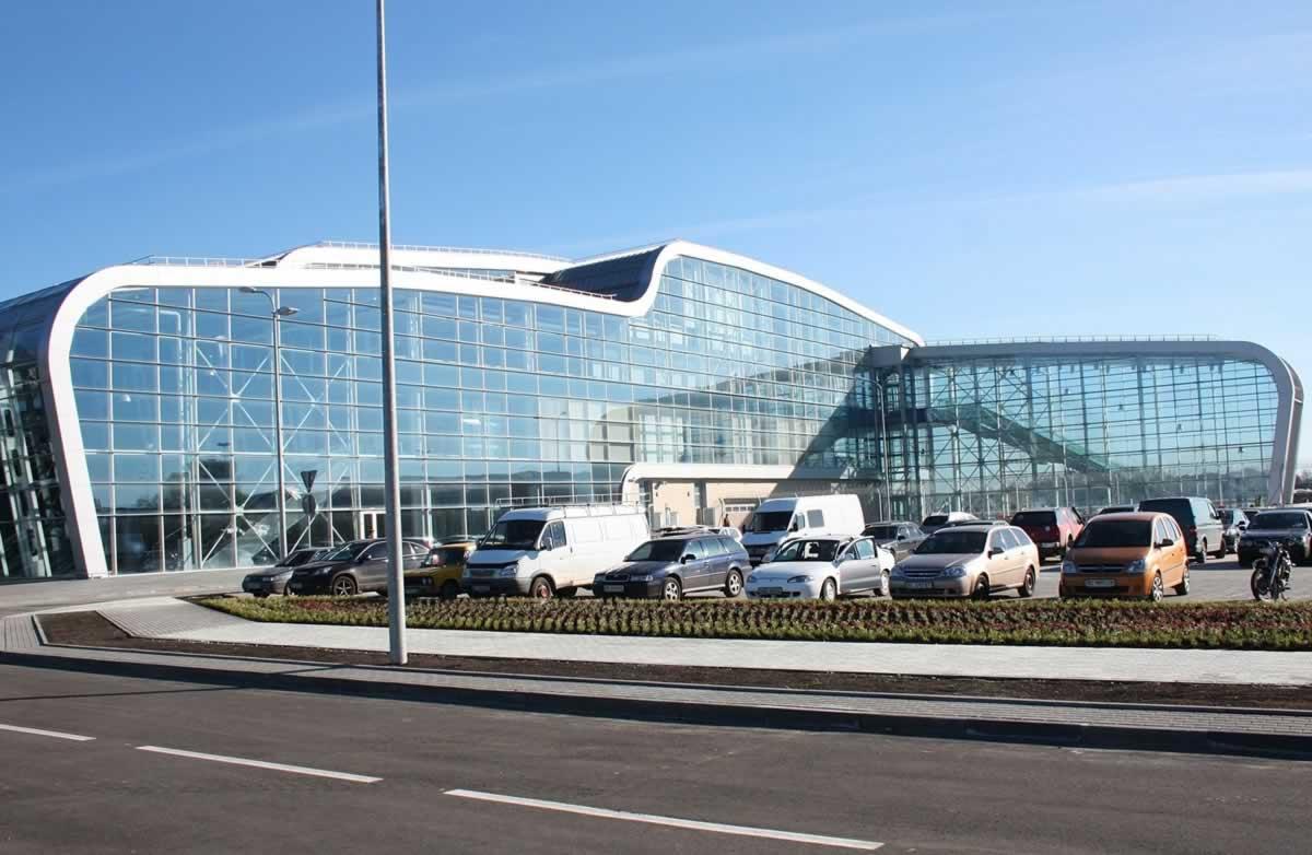 Во Львове могут закрыть аэропорт